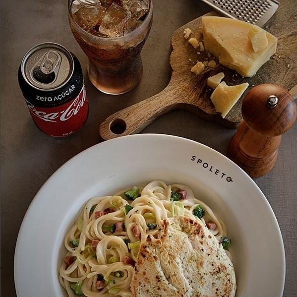Alimentos no Instagram: Spoleto