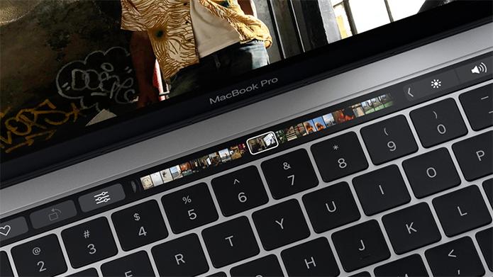 A Touch Bar do Macbook, a barra multifuncional e sensível ao toque que possui diferentes usos de acordo com o aplicativo.