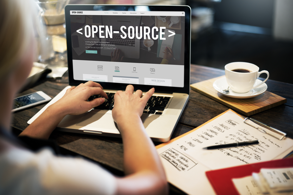 sistema open source