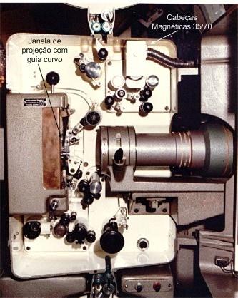 Detalhes do corpo do Philips DP-70, mostrando algumas das bases do Incol 70/35.